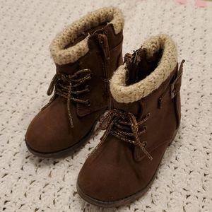 Garanimals toddler girl combat boots. Sz 6